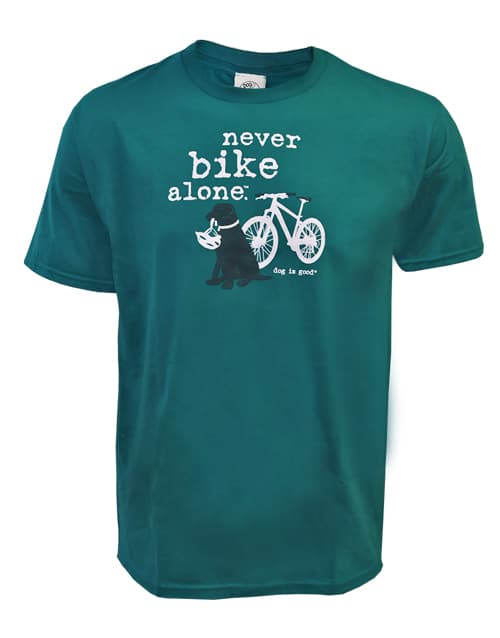 T-shirt: Never Bike Alone (unisex)